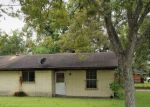 Foreclosed Home in Crosby 77532 PENN ST - Property ID: 4320437122