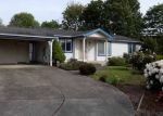 Foreclosed Home in Springfield 97477 MAIA LOOP - Property ID: 4320981536
