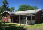 Foreclosed Home in Marietta 45750 MOUNT TOM RD - Property ID: 4321115108
