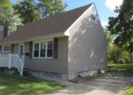 Foreclosed Home in Wenonah 08090 CARVER DR - Property ID: 4321337163