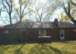Foreclosed Home in Topeka 66614 SW COMMANCHE RD - Property ID: 4321850920