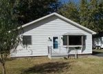 Foreclosed Home in Vandalia 62471 N 7TH ST - Property ID: 4321954272