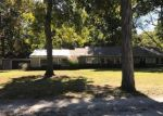 Foreclosed Home in Staunton 62088 S COUNTRY CLUB LN - Property ID: 4321974418