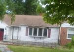 Foreclosed Home in Beverly 08010 PARKER ST - Property ID: 4322504363