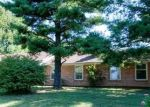 Foreclosed Home in Winchester 40391 CLINTONVILLE RD - Property ID: 4323763547
