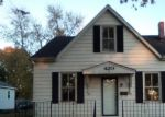 Foreclosed Home in Trenton 62293 S WALNUT ST - Property ID: 4323827488