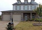 Foreclosed Home in Calera 35040 GREENWOOD CIR - Property ID: 4323972458