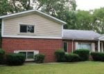 Foreclosed Home in Redford 48240 WAKENDEN - Property ID: 4324048667