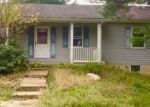 Foreclosed Home in Lovettsville 20180 LUTHERAN CHURCH RD - Property ID: 4324128375