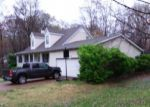 Foreclosed Home in Jackson 38305 OLDHAM DR - Property ID: 4324313641
