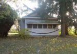 Foreclosed Home in Temperance 48182 LEWIS AVE - Property ID: 4325233382