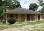 Foreclosed Home in Gonzales 70737 BOUDREAUX RD - Property ID: 4325375285