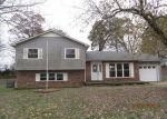 Foreclosed Home in Oak Grove 42262 OAK TREE DR - Property ID: 4325400696