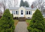 Foreclosed Home in New Haven 06515 ROBIN LN - Property ID: 4326080425