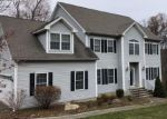 Foreclosed Home in Shelton 06484 LEAVENWORTH RD - Property ID: 4326083945