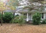Foreclosed Home in Hopkinsville 42240 LAFAYETTE RD - Property ID: 4326137359