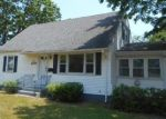 Foreclosed Home in Milford 06460 MEADOWSIDE RD - Property ID: 4326198237