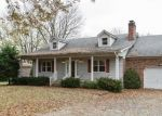 Foreclosed Home in Shepherdsville 40165 WINDWARD WAY - Property ID: 4326248611