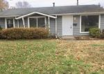 Foreclosed Home in Owensboro 42301 E SURREY DR - Property ID: 4326271831