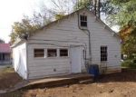 Foreclosed Home in Mount Pleasant 38474 GARDEN ST - Property ID: 4326277513