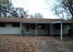 Foreclosed Home in East Saint Louis 62206 LEONARD DR - Property ID: 4326286716