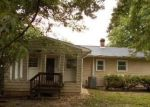 Foreclosed Home in Bowling Green 22427 MARTIN ST - Property ID: 4326395328