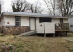 Foreclosed Home in Poplar Bluff 63901 HENDERSON AVE - Property ID: 4326837240