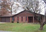 Foreclosed Home in Glasgow 42141 TRAPPERS TRL - Property ID: 4327288806