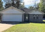 Foreclosed Home in Grenada 38901 BLEDSOE ST - Property ID: 4327343546