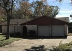 Foreclosed Home in Highlands 77562 PINE OAK DR - Property ID: 4327529689