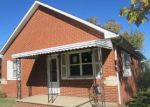 Foreclosed Home in West Frankfort 62896 W OAK ST - Property ID: 4327688223