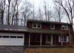 Foreclosed Home in Bennington 05201 CAROLINE DR - Property ID: 4327785460