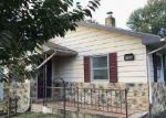 Foreclosed Home in Waynesboro 17268 SNYDER AVE - Property ID: 4327996115
