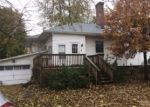 Foreclosed Home in Morrisonville 62546 W 4TH ST - Property ID: 4328452946