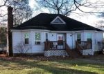 Foreclosed Home in Feeding Hills 01030 CLEVELAND ST - Property ID: 4328668415