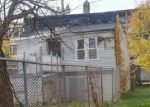 Foreclosed Home in Chicago 60617 S KINGSTON AVE - Property ID: 4329668307