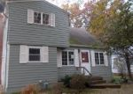 Foreclosed Home in Avon Lake 44012 PARKWOOD AVE - Property ID: 4329937222
