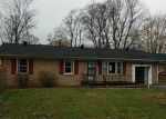 Foreclosed Home in Stanton 40380 AIRPORT RD - Property ID: 4329969641