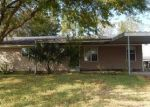 Foreclosed Home in Lake Charles 70605 DOLPHIN DR - Property ID: 4330094457