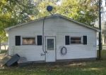 Foreclosed Home in Greenfield 62044 WALNUT ST - Property ID: 4330372575