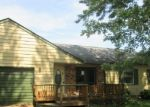 Foreclosed Home in Clinton 52732 LAFAYETTE TER - Property ID: 4332182273