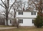 Foreclosed Home in Mount Vernon 62864 E FAIRFIELD RD - Property ID: 4332592216