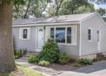 Foreclosed Home in Warwick 2889 CUSTER ST - Property ID: 4332845370