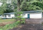 Foreclosed Home in Cape Girardeau 63701 COUNTY ROAD 657 - Property ID: 4333635477