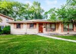 Foreclosed Home in Chicago Heights 60411 GREGORY DR - Property ID: 4334094475