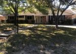 Foreclosed Home in Waco 76710 GLENDALE DR - Property ID: 4334112434