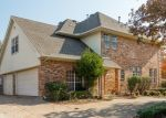 Foreclosed Home in Arlington 76006 WINDING HOLLOW LN - Property ID: 4337840914