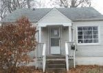 Foreclosed Home in Springfield 62704 HOLMES AVE - Property ID: 4338265295