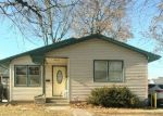 Foreclosed Home in Clinton 52732 S 6TH ST - Property ID: 4338694516