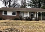 Foreclosed Home in Hazelwood 63042 COACHWAY LN - Property ID: 4338890283